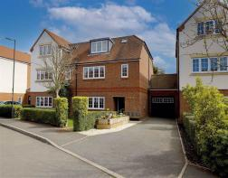 Photo of Mortimer Crescent, St. Albans, Hertfordshire