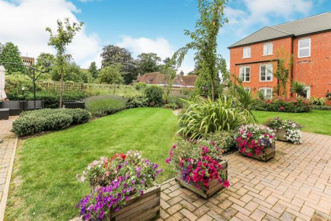 Dugdale gardens.jpg