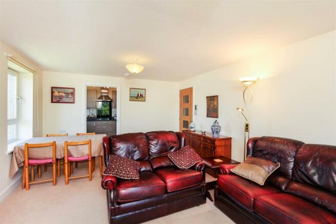 Living Room 15 GGW.jpg