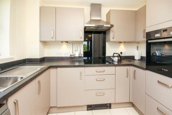 Kitchen 15 GGW(b).jpg