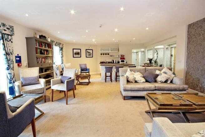 Homeowners lounge (2).jpg