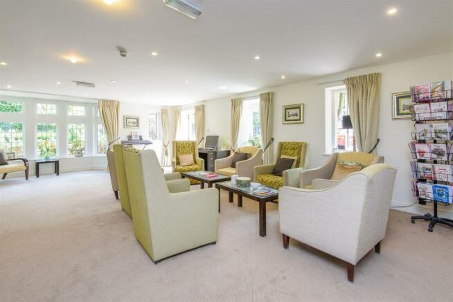 Homeowners Lounge.jpg
