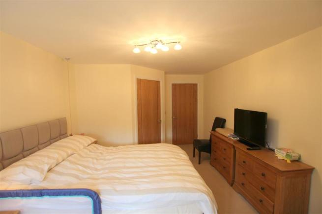 Bedroom second view 12 Broadfield Court.jpg