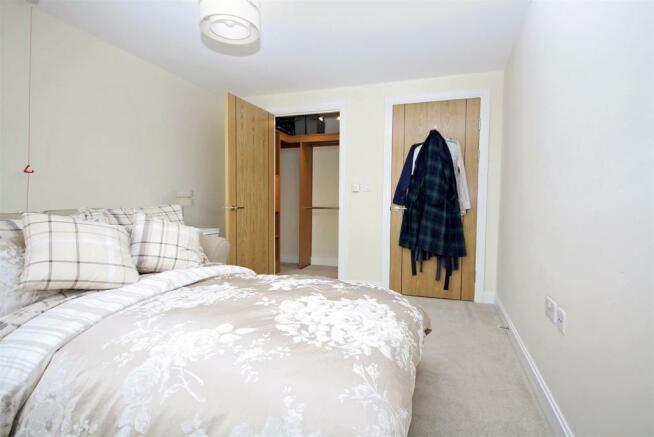 Master Bedroom (reverse).JPG