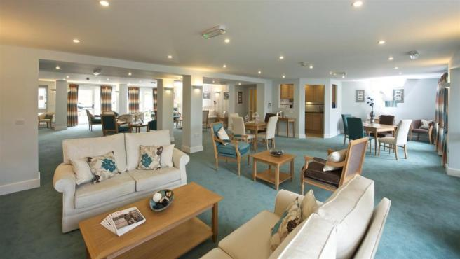 Thwaytes Court - HERNE BAY - Homeowners Lounge.jpg