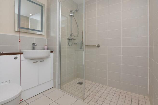 Shower Room...JPG