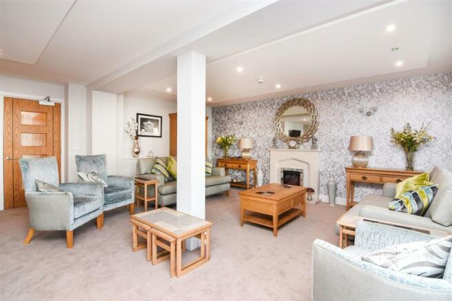 Homeowner Lounge.jpg