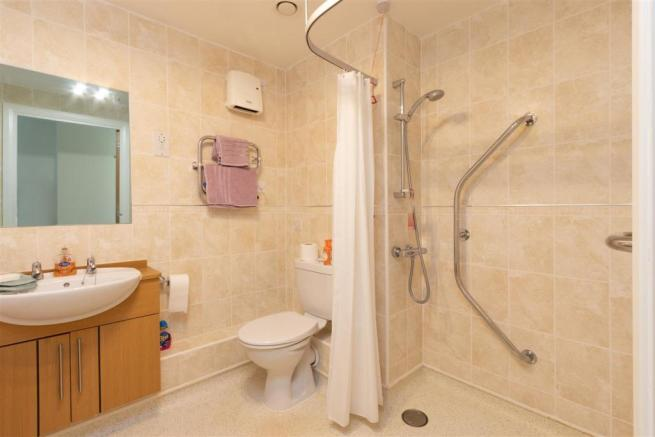 Bathroom...jpg