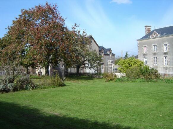 Rear garden/house