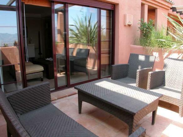 Show flat terrace