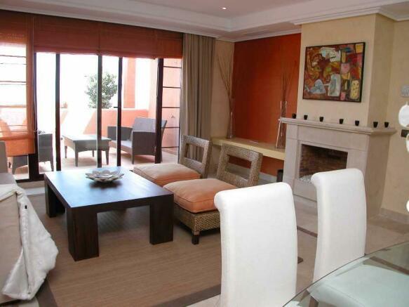 Show flat lounge