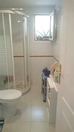 11_Bath_2_1.jpg