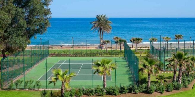 Tenis Hotel Urbaniza