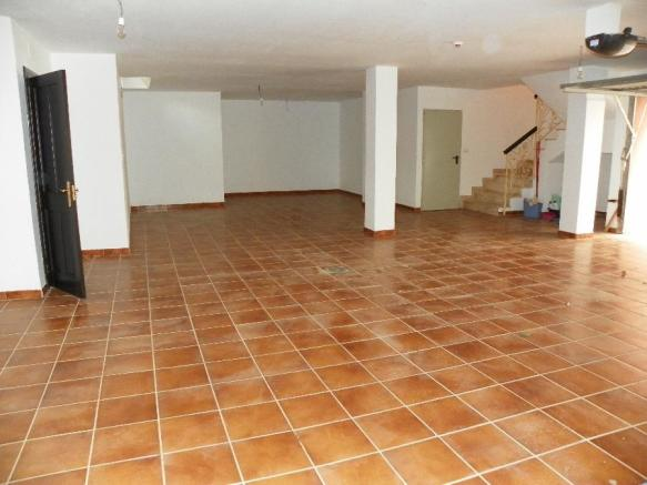 1garage-basement
