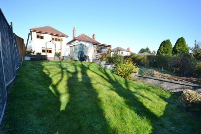 Rear View of Property & Garden