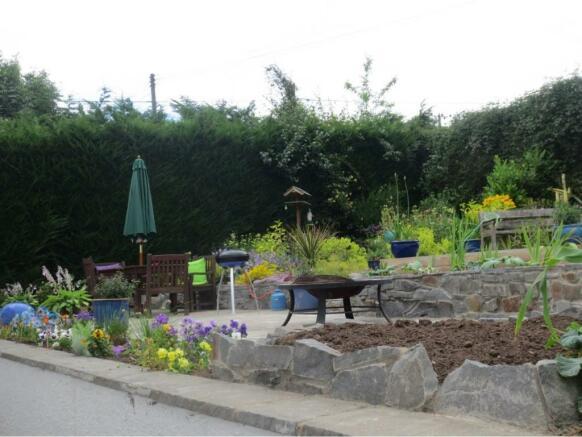 Garden in Summer (5)