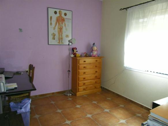 F465225 - Bedroom 3