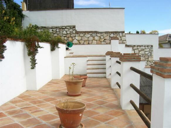 V114410 - Terrace 4