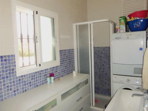 F2112914 - Bathroom