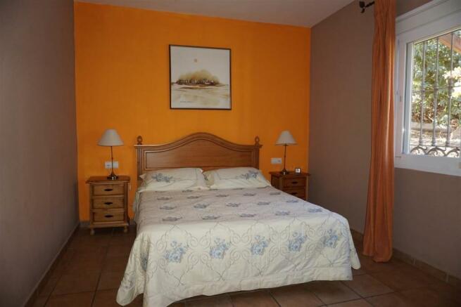 F416653 - Bedroom 1a