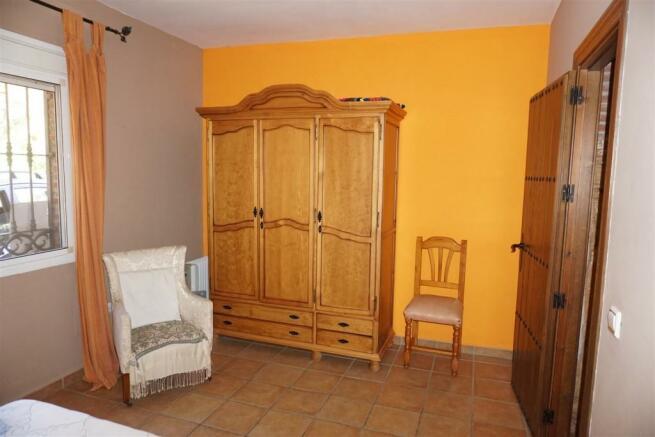 F416653 - Bedroom 1b
