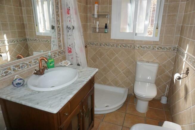 F416653 - Bathroom