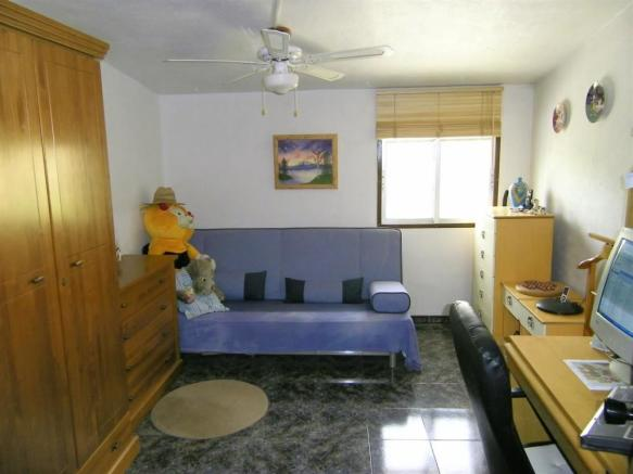 F134064 - Bedroom 4