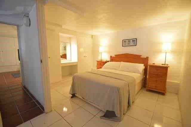 V211385 - Bedroom 5
