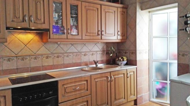 A2457206 - Kitchen a