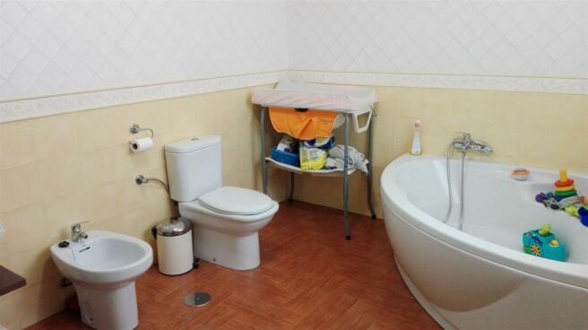 A2457206 - Bathroom
