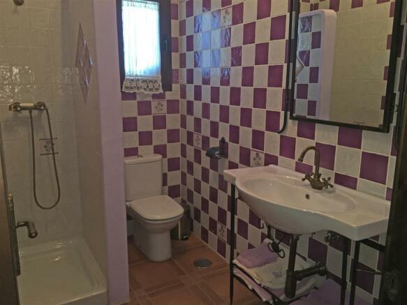 F2681243 - Bathroom