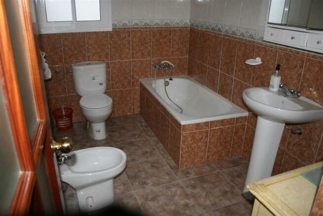 TH2815631 - Bathroom