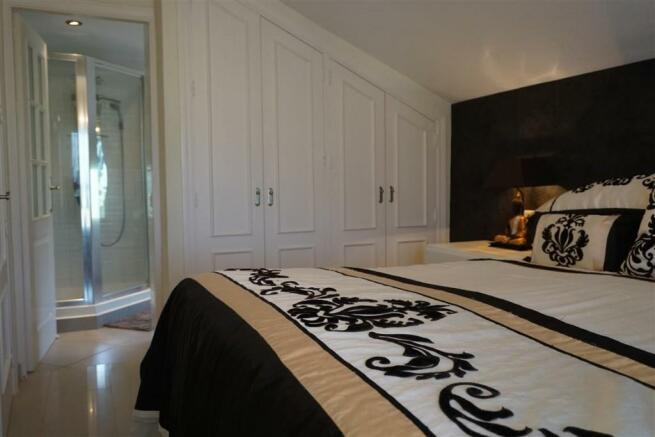 F2693921 - Bedroom 1
