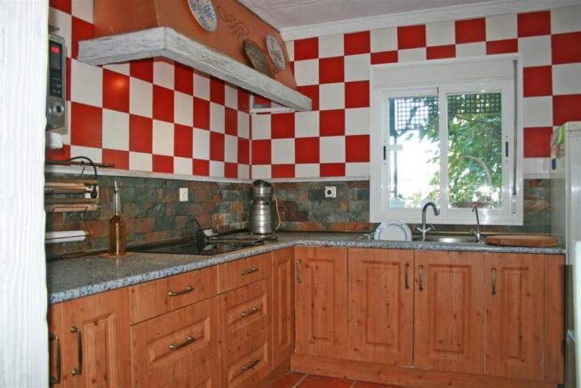 F2797625 - Kitchen