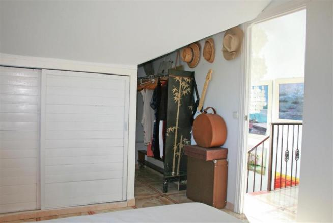 F2797625 - Bedroom 3