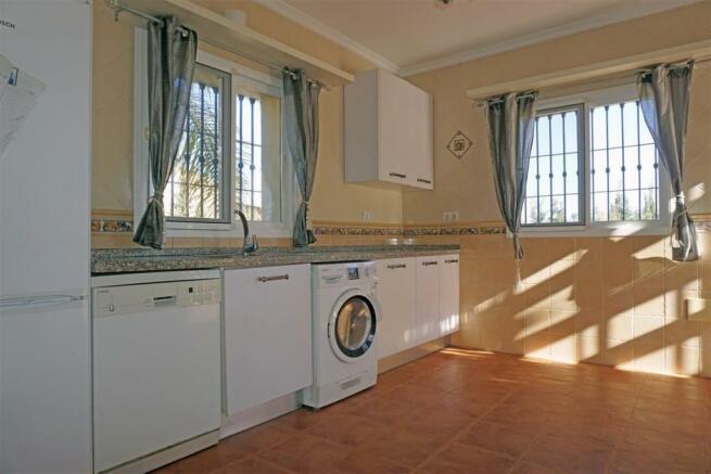 V2848910 - Kitchen