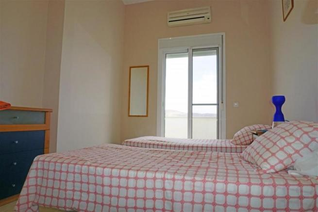 F2768462 - Bedroom 3