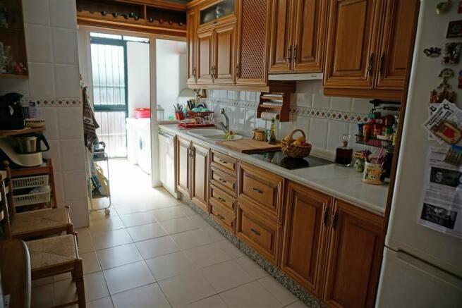 TH2693336 - Kitchen