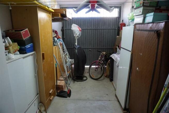 TH2693336 - Garage