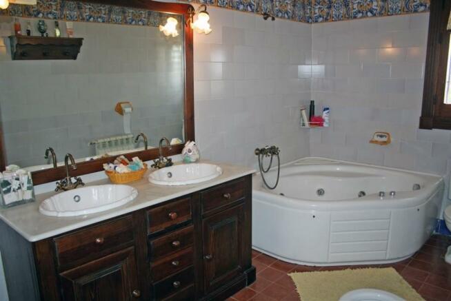 V2903240 - Bathroom
