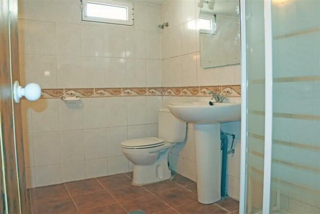 F2955875 - Bathroom