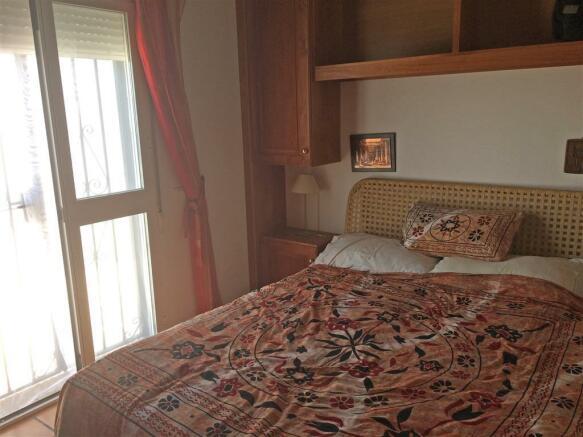 F2974787 - Bedroom 1