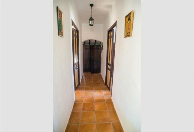 F2921711 - Hallway