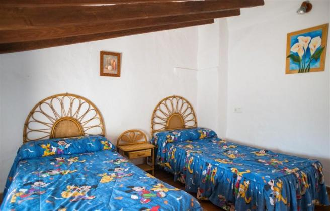 F2921711 - Bedroom 2