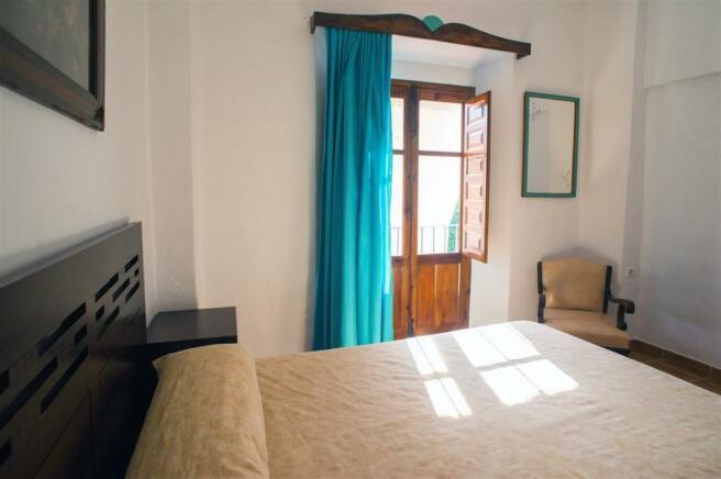 F2921711 - Bedroom 4