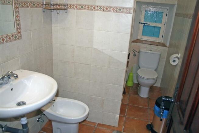 F2921711 - Bathroom