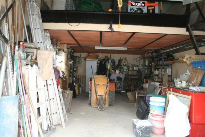 F2921711 - Garage