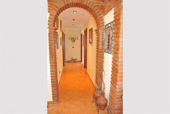 F3023984 - Hallway