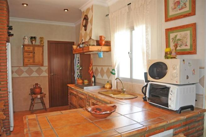 F3023984 - Kitchen