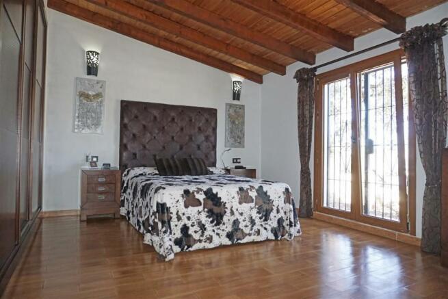 F2985551 - Bedroom 1